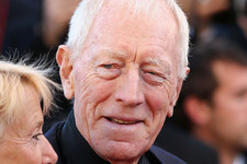 Swag Lord Max von Sydow Is Putting the Game Back in 'Game of Thrones'