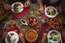 7 Things You Shouldn't Share With Your Family On Thanksgiving