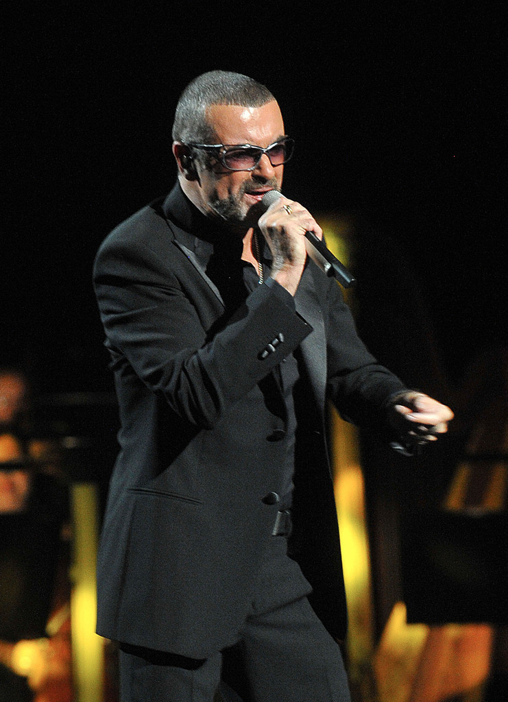 George Michael Bathroom: George Michael Was Arrested At A Public Toilet