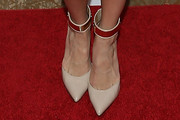 AnnaLynne McCord Pumps