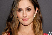 Minka Kelly Medium Wavy Cut