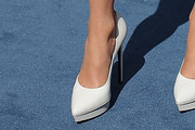 Jennifer Lopez Platform Pumps